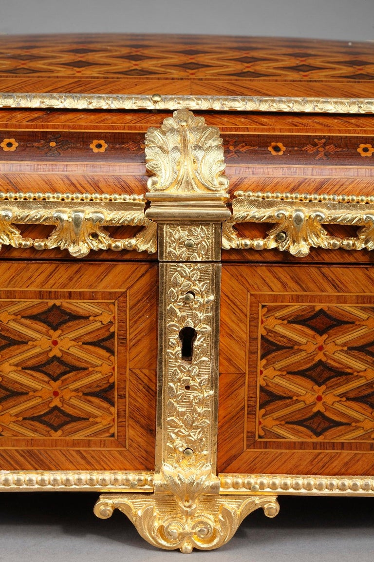 19th Century Louis XVI-Style Marquetry Jewelry Box For Sale 7