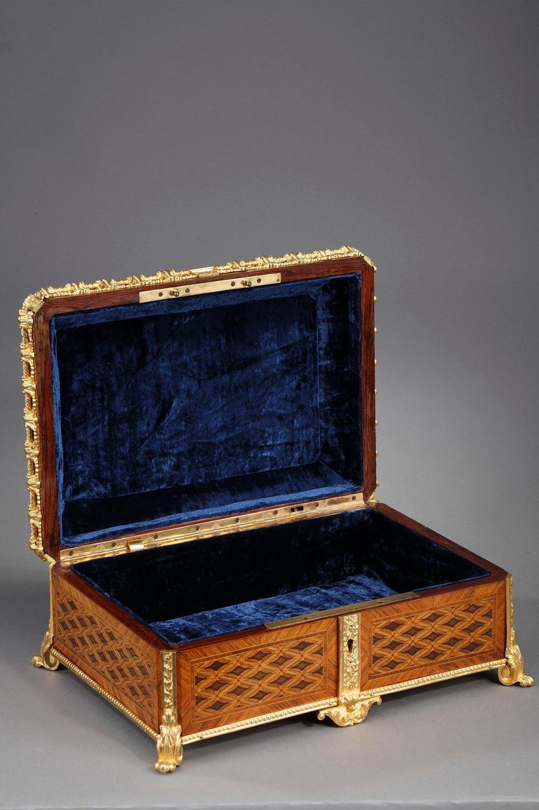 19th Century Louis XVI-Style Marquetry Jewelry Box For Sale 9