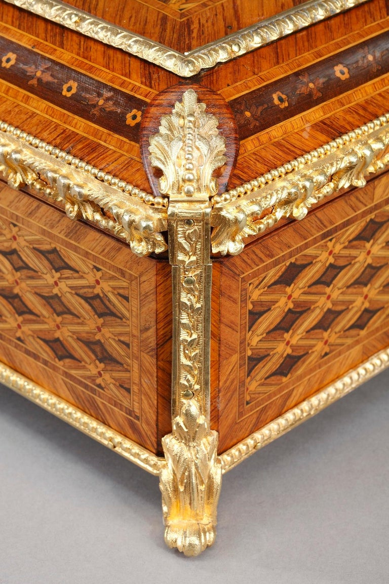 19th Century Louis XVI-Style Marquetry Jewelry Box For Sale 2