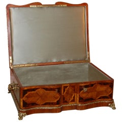 19th Century Mahogany Dresser Box with Silk Lining and Beautiful Parquetry
