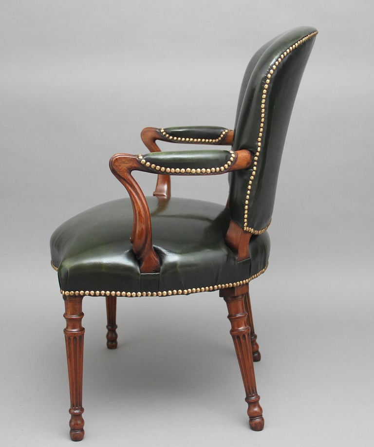 19th Century Mahogany Open Armchair In Good Condition For Sale In Martlesham, GB