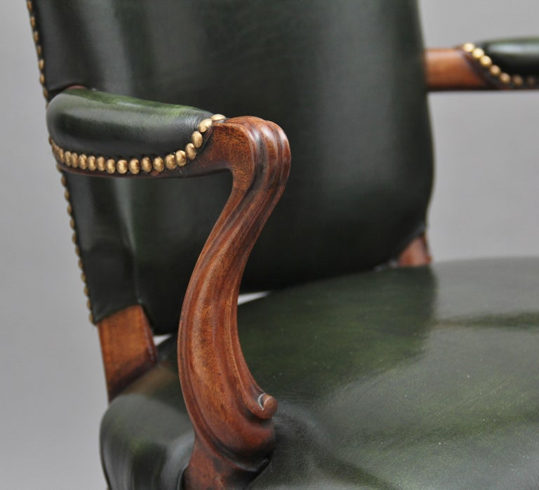 19th Century Mahogany Open Armchair For Sale 3
