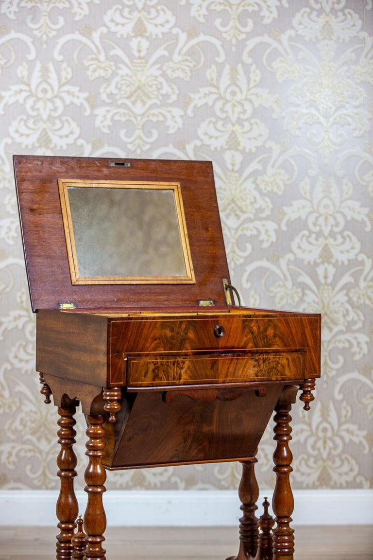 19th Century Mahogany Sewing Table For Sale 7