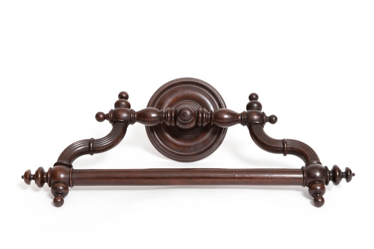 19th Century Mahogany Towel Bar In Good Condition For Sale In East Hampton, NY