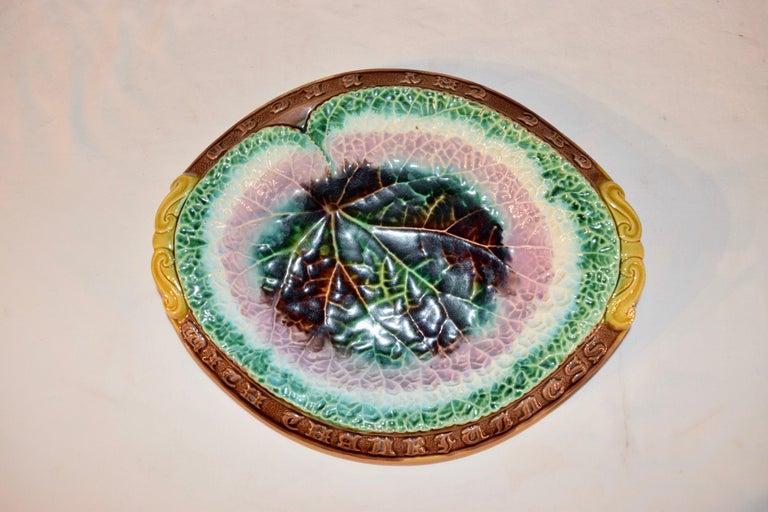 English 19th Century Majolica Bread Tray For Sale