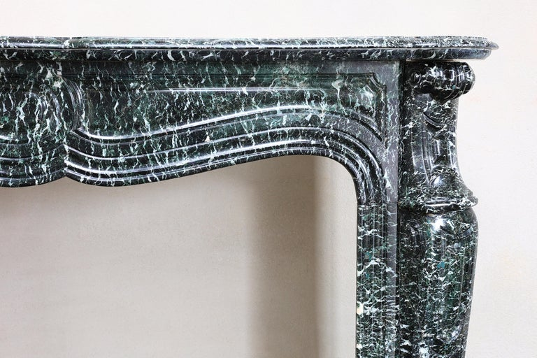 19th Century Mantel Piece in Pompadour Style of Vert de Mer Marble For Sale 1