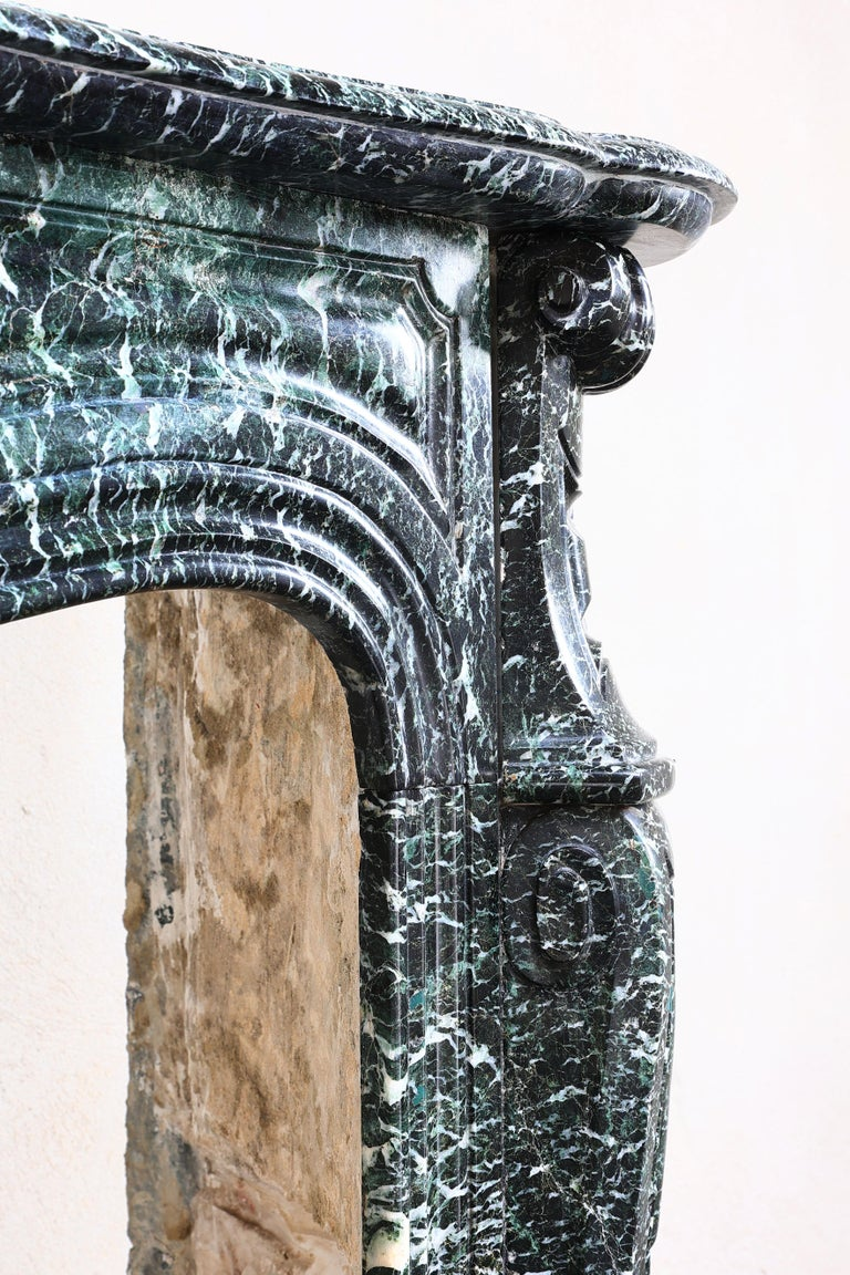 19th Century Mantel Piece in Pompadour Style of Vert de Mer Marble For Sale 4