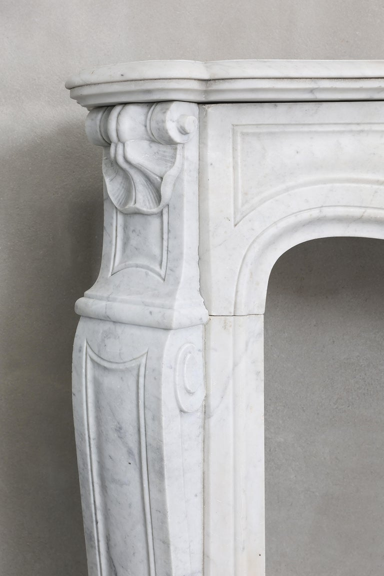 19th Century Mantel Piece of Carrara Marble in Style of Louis XV 6