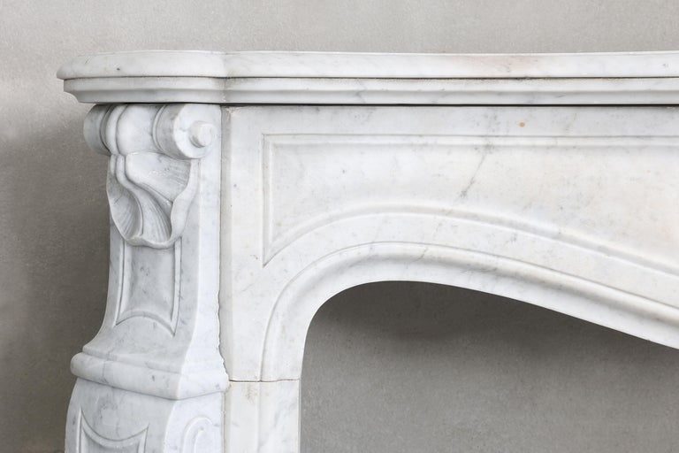 19th Century Mantel Piece of Carrara Marble in Style of Louis XV 1
