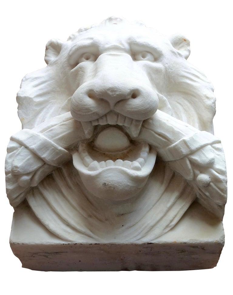 European 19th Century Marble Lion Architectural Element Sculpture For Sale