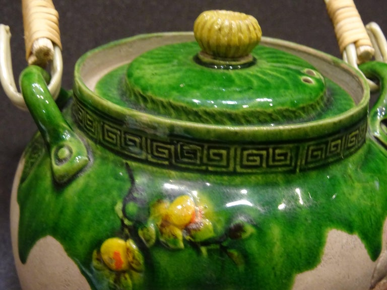 19th Century Meiji Japanese Green Ceramic with Monkeys Teapot with Mark of Banko For Sale 6