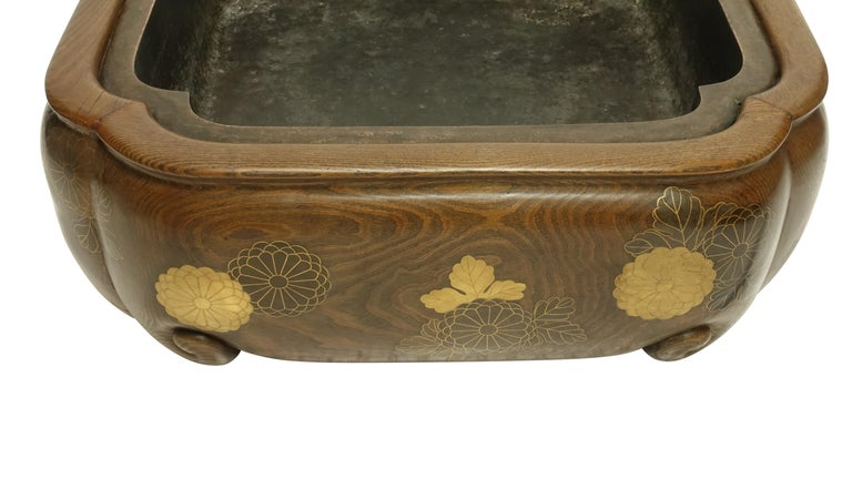 19th Century Meiji Japanese Hibachi For Sale 5