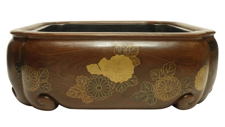 19th Century Meiji Japanese Hibachi In Good Condition For Sale In San Francisco, CA