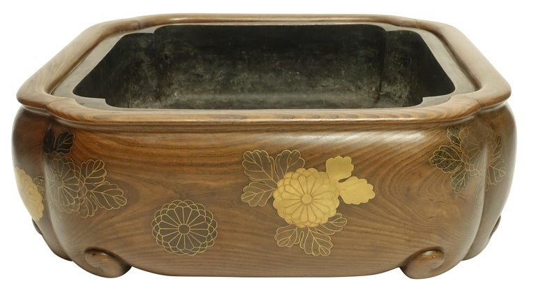 19th Century Meiji Japanese Hibachi For Sale 3