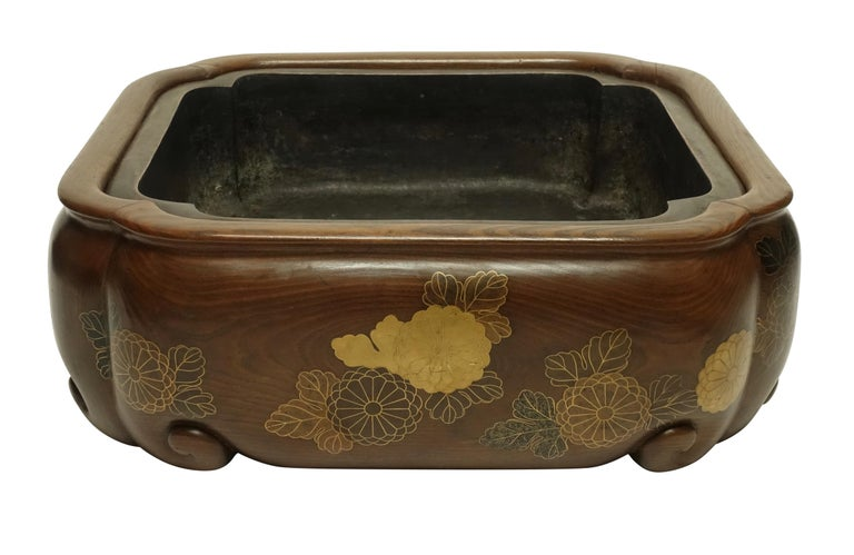 19th Century Meiji Japanese Hibachi For Sale 4