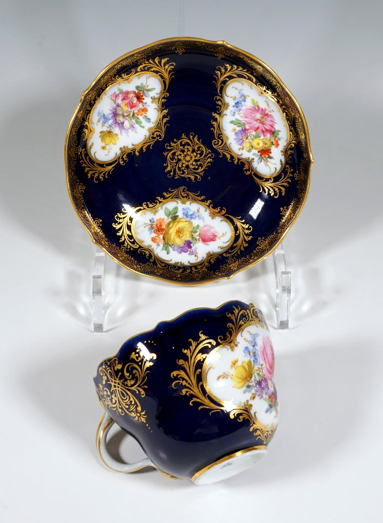 19th Century Meissen Coffee Set for 6 Persons, Cobalt, Bouquets and Gold Decor 5