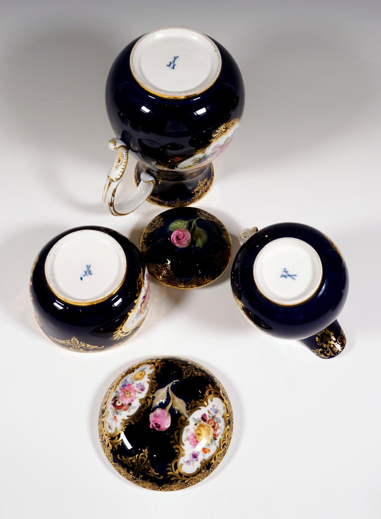 19th Century Meissen Coffee Set for 6 Persons, Cobalt, Bouquets and Gold Decor 1