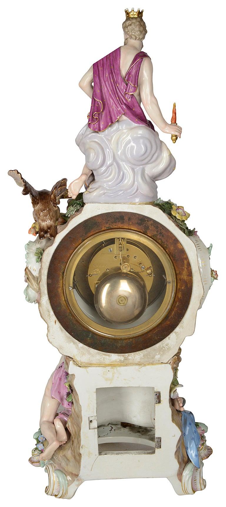 19th Century Meissen Porcelain Mantel Clock For Sale 3