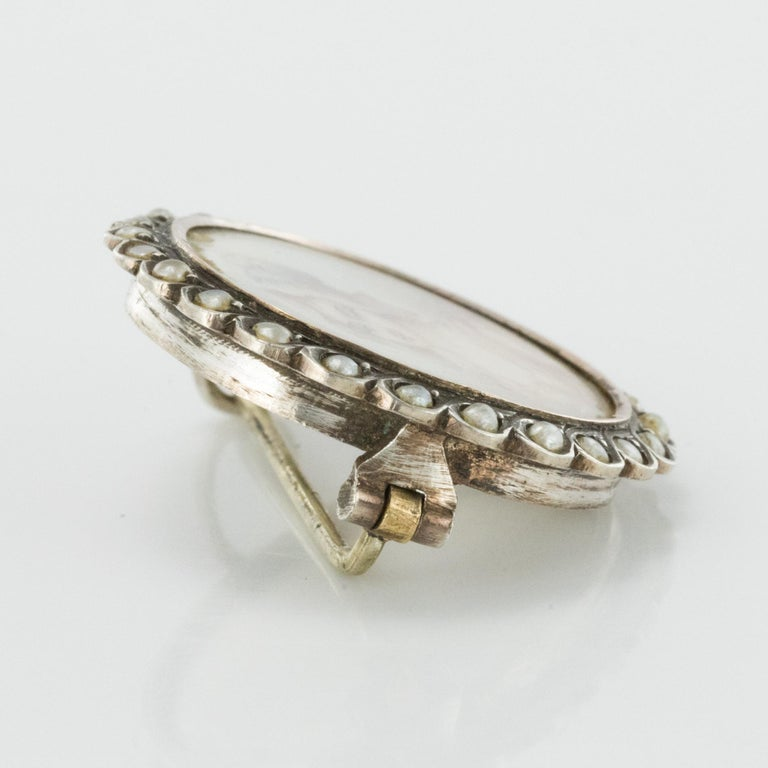 19th Century Miniature and Pearls on Silver Brooch For Sale 4