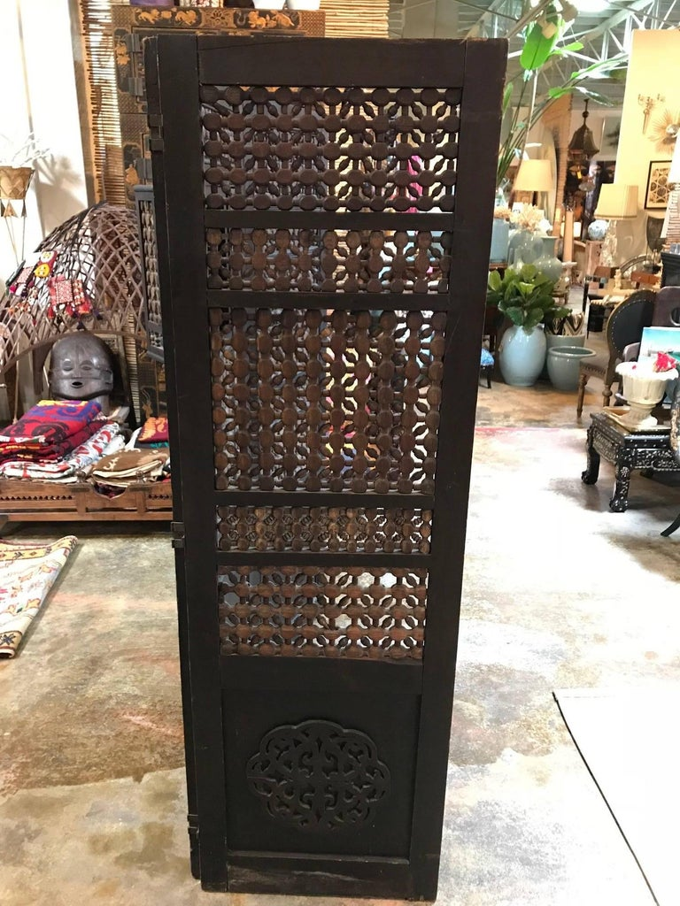 19th Century Moroccan Wood Screen In Good Condition For Sale In Dallas, TX