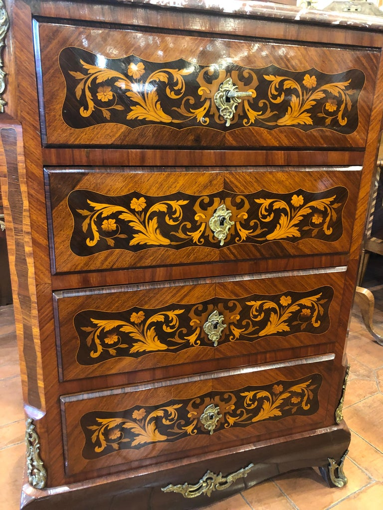 French commander period Napoleon III °, in kingwood and rosewood and inlaid with floral motifs in fruitwood, original marble (repaired of one side) red. Restored and prompt delivery, fantastic measures, its inclusion in various contexts, both in