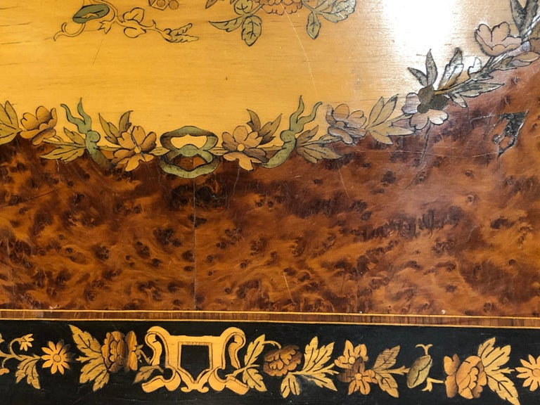 19th Century Napoleon III French Thuya Marquetry Card Table, 1860s For Sale 6