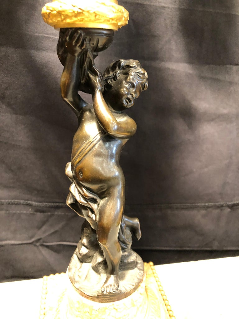 19th Century Napoleon III Marble and Bronze Mantel Clock by H. Journet & Cie In Good Condition For Sale In Roma, RM