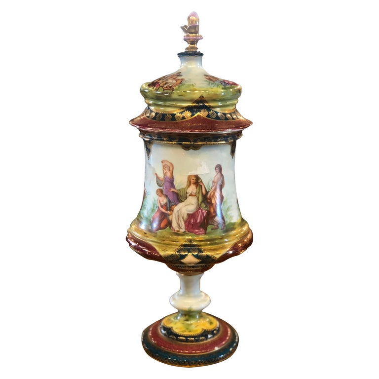 19th Century Napoleon III Porcelain Vases Urn Royal Vienna Painted, 1870s For Sale
