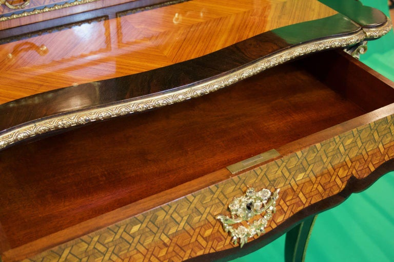 19th Century French Napoleon III Rosewood and Kingwood  Writing Table, 1850s For Sale 2