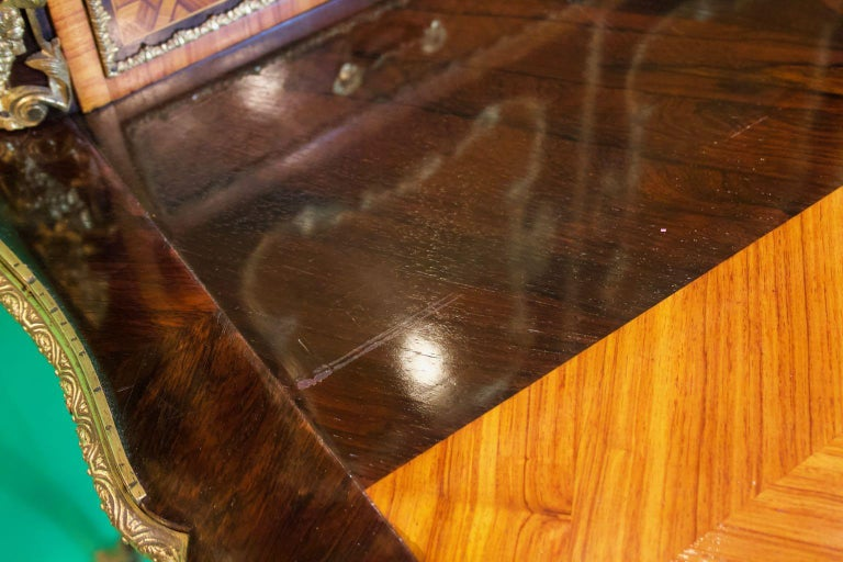 19th Century French Napoleon III Rosewood and Kingwood  Writing Table, 1850s For Sale 5