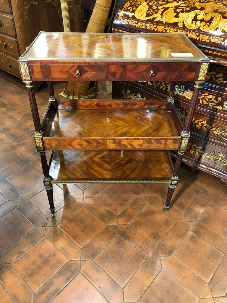 French 19th Century Napoleon III Rosewood France Étagère Table, 1860s For Sale