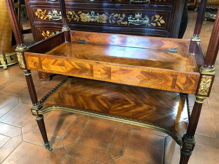 19th Century Napoleon III Rosewood France Étagère Table, 1860s For Sale 1