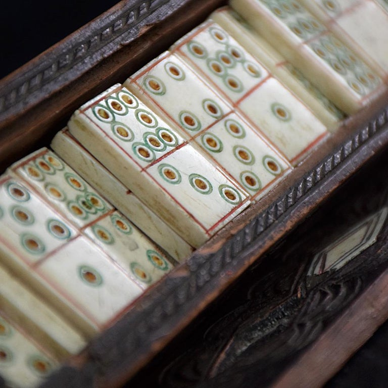 19th Century Napoleonic Prisoner of War Dominos Set In Distressed Condition In London, GB