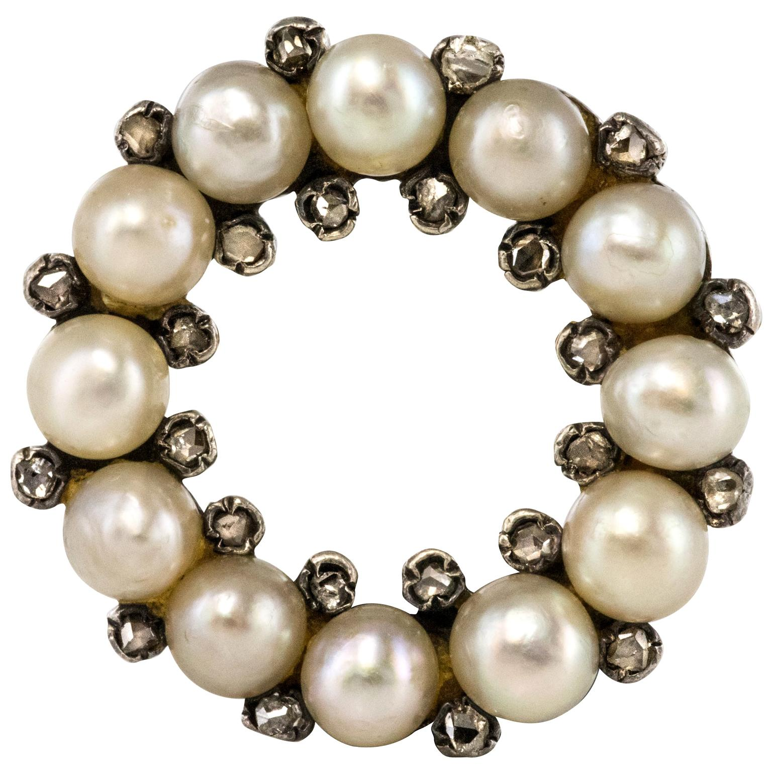 19th Century Natural Pearl Diamonds 18 Karat Yellow Gold Round Brooch
