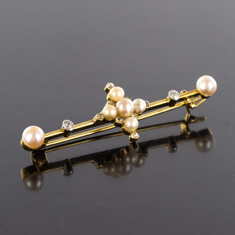 19th Century Natural Pearls 18 Karat Yellow Gold Pin Brooch In Excellent Condition For Sale In Poitiers, FR