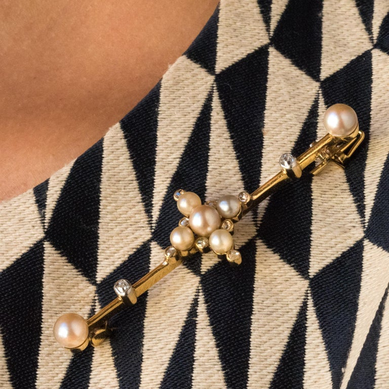 19th Century Natural Pearls 18 Karat Yellow Gold Pin Brooch For Sale 4
