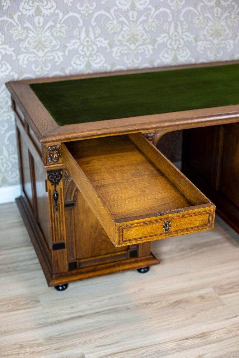 19th Century Neo-Renaissance Oak Desk For Sale 7