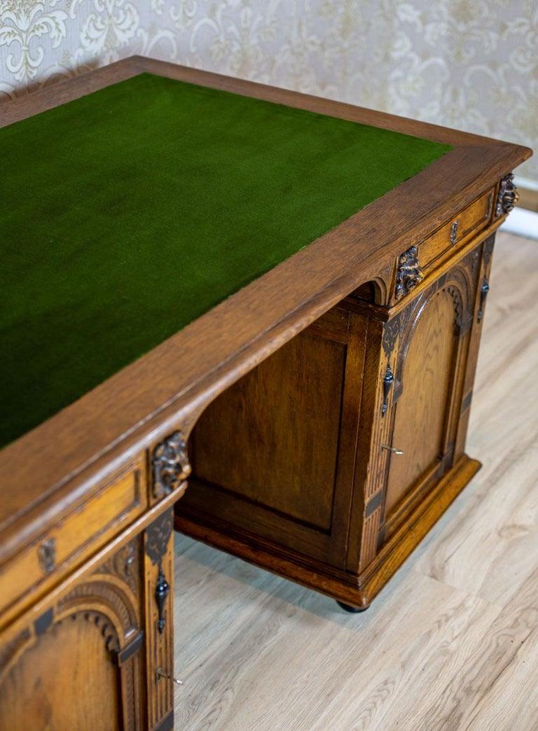 19th Century Neo-Renaissance Oak Desk For Sale 8