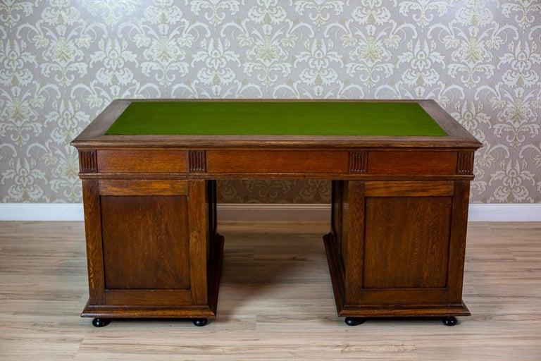 19th Century Neo-Renaissance Oak Desk For Sale 10