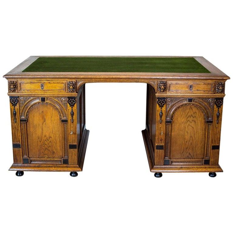 19th Century Neo-Renaissance Oak Desk For Sale