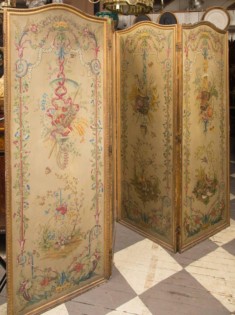 European 19th Century Neoclassic Style Painted Wood Screen For Sale