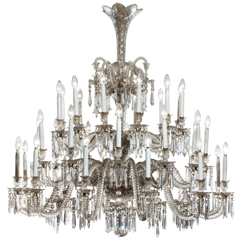 19th Century Neoclassical Baccarat Crystal and Glass 36-Light Crystal Chandelier For Sale