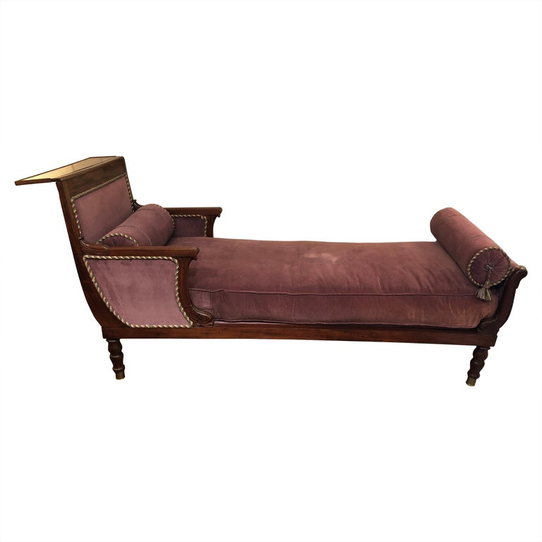 19th Century Neoclassical Parisian Aubergine Velvet Daybed Chaise Recamier For Sale