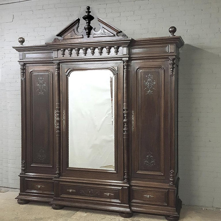 French 19th Century Neoclassical Revival Three-Door Armoire For Sale