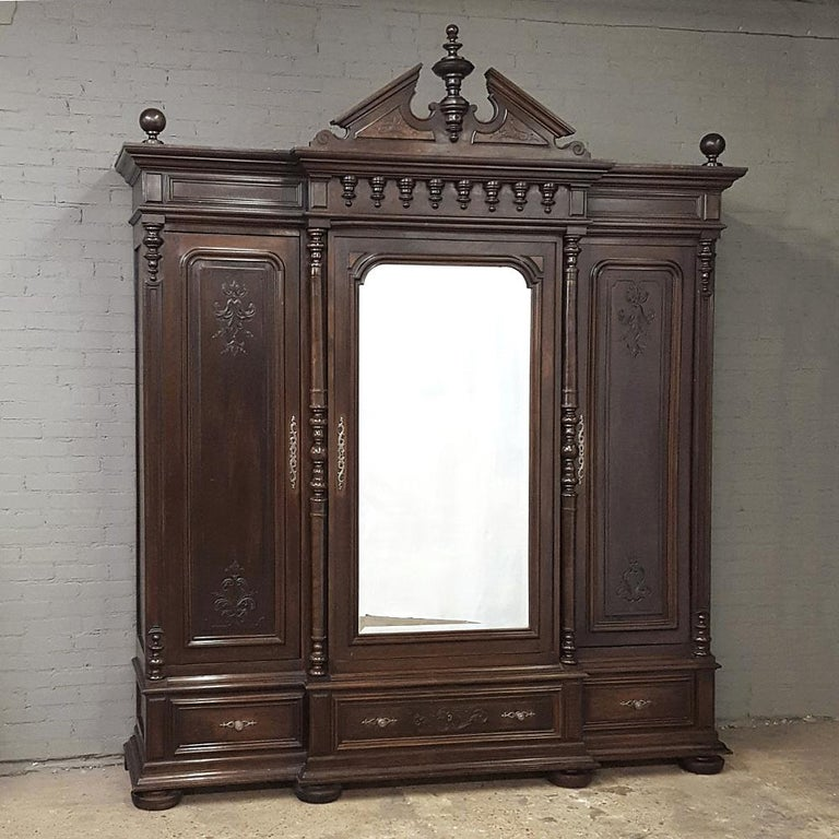 Beveled 19th Century Neoclassical Revival Three-Door Armoire For Sale