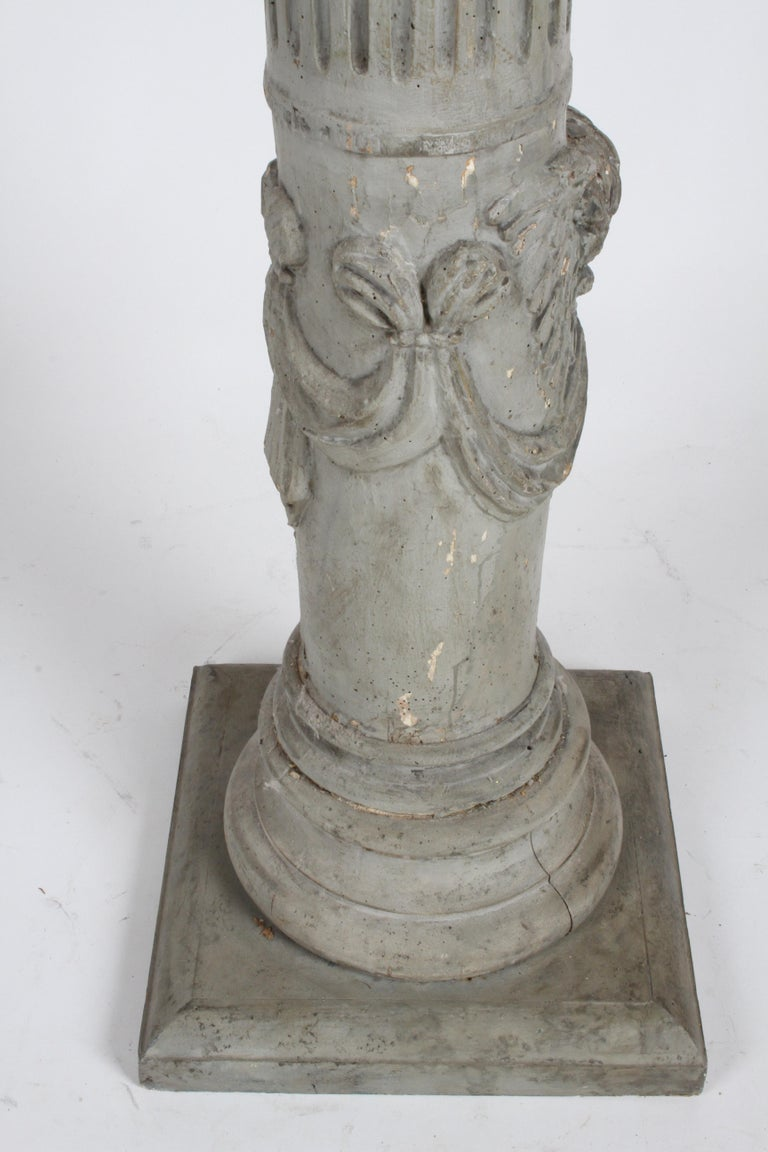 19th Century Neoclassical Wood Fluted Column with Carved Winged Angel Gray Paint For Sale 7