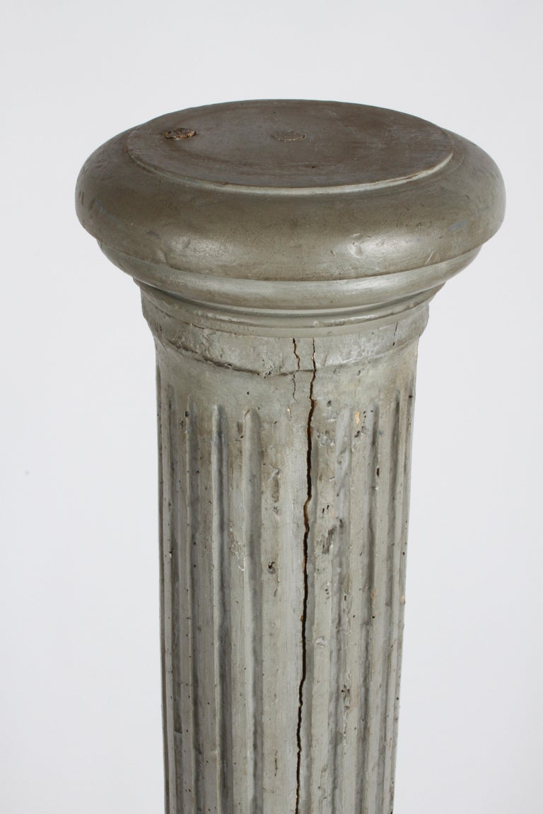 18th Century 19th Century Neoclassical Wood Fluted Column with Carved Winged Angel Gray Paint For Sale
