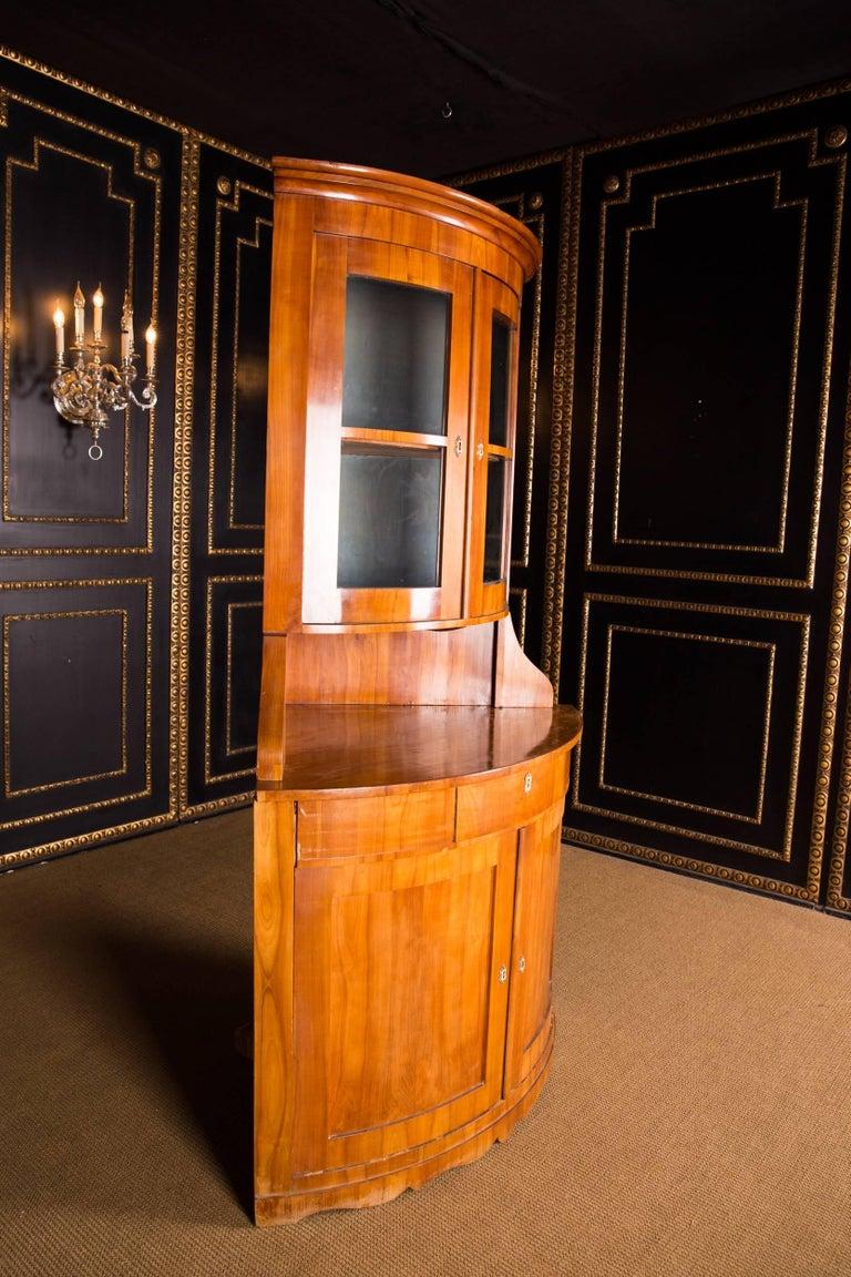 19th Century Original Biedermeier Corner Vitrine Cherry Veneer For Sale 3