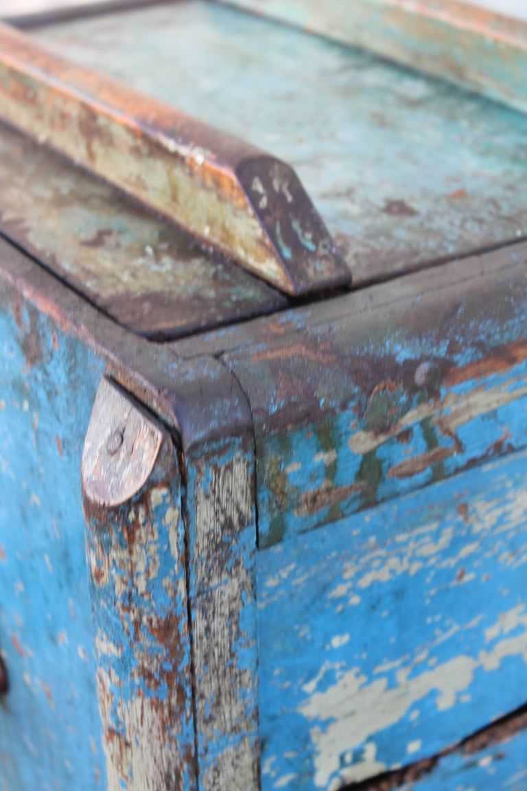 19th Century Original Blue Painted Butter Churn from New England For Sale 4