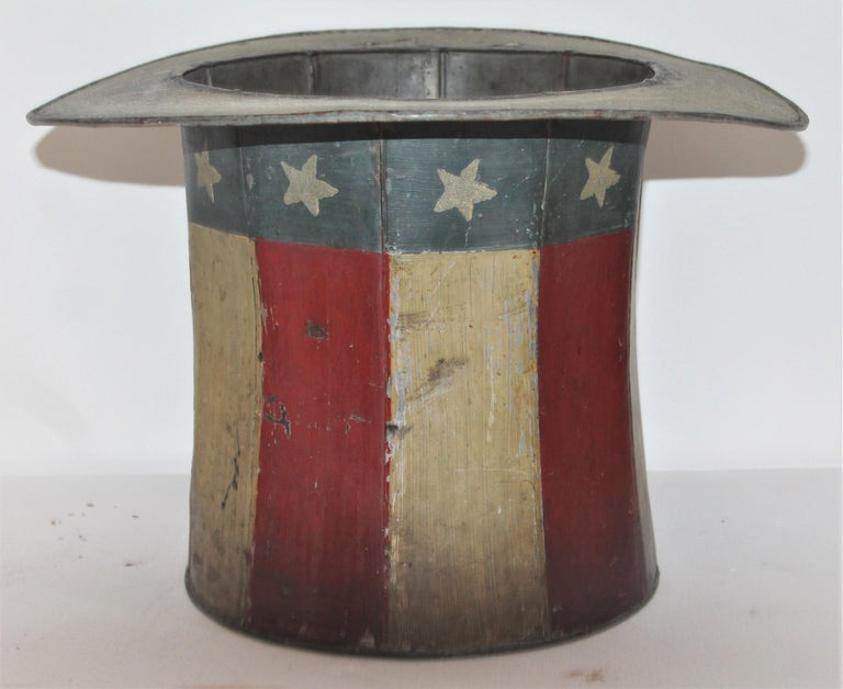 19th Century Original Painted Tin Large Trade Sign / Hat In Good Condition For Sale In Los Angeles, CA